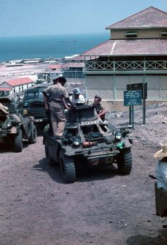 Ferrets in Aden - new service pics Uk Companies, Armored Fighting Vehicle, War Photography, Battle Tank, Troops, Soldiers, Armored Vehicles, British Army, Vietnam War