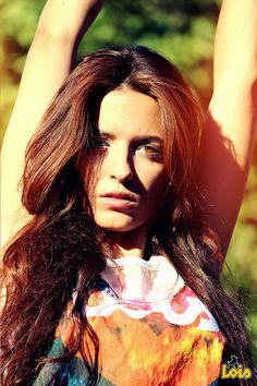 MODELO_NATALIA CO. LOIS JEANS 2014 Pantone, Jeans 2014, Lois Jeans, Mona Lisa, Girl Fashion, Long Hair Styles, Denim, Outfit, Beauty