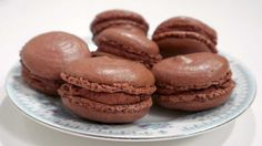 French Chocolate macaroons with chocolate cream French Chocolate, Chocolate Cream, Sarah Bernard, Chocolate Macaroons, Macaron Recipe, Cupcake Cookies, Cupcakes, Food Cakes, Macarons