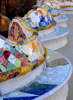 Park Güell / Barcelona / Spain by Antoni Gaudi Gaudi Mosaic, Mosaic Art, Art Nouveau, Madrid, Deco Miami, Antonio Gaudi, Parc Guell, Art And Architecture, Barcelona Architecture