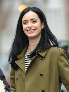 actress, musician, and former model. Ritter is best known for her roles as Jane Margolis on the AMC drama series Breaking Bad and Chloe on the ABC comedy series Don't Trust the B---- in Apartment Jessica Jones, Krysten Ritter, Beautiful Smile, Beautiful People, Beautiful Women, Popular People, Girl Inspiration, Character Inspiration, Casual Hairstyles