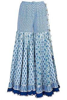 Maayera Designer , Collections at Pernia's pop up shop Sharara Designs, Kurti Neck Designs, Kurta Designs Women, Kurti Designs Party Wear, Latest Salwar Kameez Designs, Indian Fashion Designers, Indian Designer Outfits, Indian Outfits, Designer Clothing