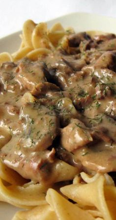 beef dishes I am not a huge fan of red meat but this Slow Cooker Beef Stroganoff is to die for! The only problem is finding porcini mushrooms. Crock Pot Stroganoff, Slow Cooker Beef Stroganoff Recipe, Slow Cooker Recipes, Crockpot Recipes, Crockpot Meat, Beef And Noodles Crockpot, Beef Tips And Noodles, Pasta Recipes, Crockpot Stuffing