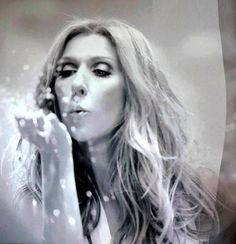 Celine Celine Dion, The Voice, Singer Costumes, Because I Love You, Beautiful Voice, Bright Stars, Belle Photo, Role Models, Madonna