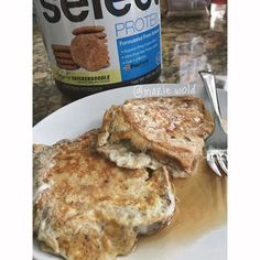 """Trust me when I say that you NEED to make snickerdoodle french toast  @PEScience #SelectProtein makes everything better... But especially french toast.. Or pretty much any breakfast food  Just add Snickerdoodle #SelectProtein to your egg/egg white mixture and cook the same way as you normally would I used 2 slices @canyonglutenfree bread dipped in 1 egg, 1 egg white, and 1/3 scoop protein."