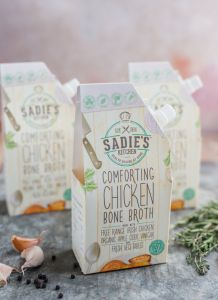 FAQ: What you need to know about gut health and bone broth - Sadie's Kitchen Health Day, Gut Health, Eating Well, Clean Eating, Healthy Eating, Homemade Bone Broth, Chicken Bones, Leaky Gut, Posts