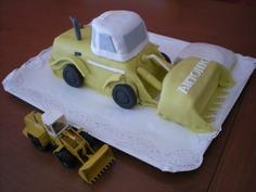 Cuando nos trageron el tractor, pensamos... a ver qué sale... y este fue el resultado!!