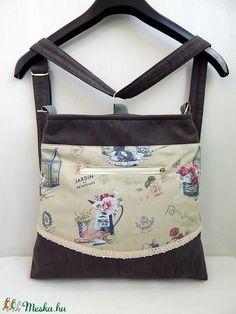 72b9f1b78259 Provence Garden - variálható midi trapéz 3inOne hátizsák/oldaltáska  (annetextil