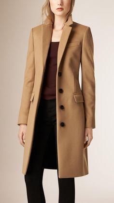 Cappotto sartoriale in lana e cashmere Cammello | Burberry  (I like this style of coat, less expensive of course, in a Navy blue) or even a dark brown.
