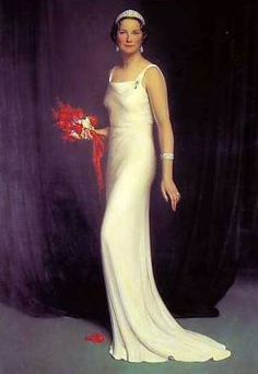 Belgian Queen Astrid died in a car crash in 1935. She was the mother of King Baudouin I and King Albert II of the Belgians (who just retired). Baudouin and Albert lost their mom when they were young kids. Today Queen Astrid's grandson Philippe is King of the Belgians. Josephine Charlotte of Luxembourg was her daughter