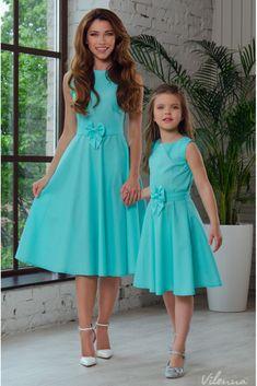 Сукня для мами легка літня з поясом-бантом • колір: бірюзовий у горошок • інтернет магазин • vilenna.ua