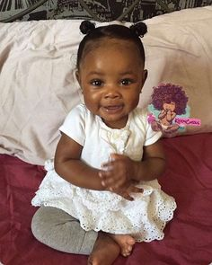 Black Baby Girl pictures) ⭐ Pictures for any occasion! Cute Black Babies, Black Baby Girls, Beautiful Black Babies, Cute Baby Girl, Beautiful Children, Baby Love, Cute Babies, Brown Babies, Baby Baby