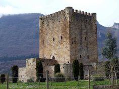 Castillo de Lezana de Mena  El castillo de Lezana de Mena o torre del homenaje del castillo de los Velasco, se encuentra en la localidad de Lezana de Mena, en el término municipal de Valle de Mena, provincia de Burgos, comunidad de Castilla y León, (España).  Mas información: http://castillosdelolvido.es/castillo-de-lezana-de-mena/