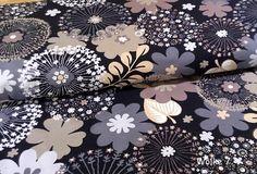 Stoff Blumen - Jersey Nadine große Blumen beige Exclusivstoff - ein Designerstück von Wolke7-Stoffe bei DaWanda