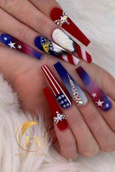 July 4th Nails Designs, Almond Nails Designs Summer, 4th Of July Nails, Nail Designs, Coral Toe Nails, Blue Acrylic Nails, Bling Nails, Stiletto Nails, American Nails