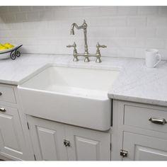 Fine Fixtures Fireclay Sutton 23.25-inch White Farmhouse Kitchen Sink