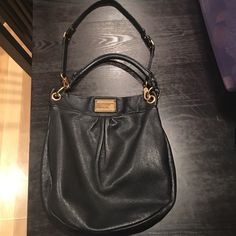 Marc Jacobs by Marc Jacobs Black Cross Body Bag Purchased from Nordstroms for $450+tax. Good condition!! Great everyday bag! 100% authentic! Marc by Marc Jacobs Bags Crossbody Bags