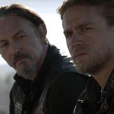 """""""Sons of Anarchy have a duty, brother. A mission. And we need our God damn leader."""" - pertence ao episodio em que Jax começa a ver tanta violência a atingir o club e começa a duvidar das escolhas feitas. Chibs relembra- o o porquê de tudo se ter desencadeado TARA."""