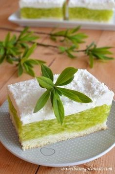 Ciasto Zielone jabłuszko Polish Desserts, Cookie Desserts, Polish Recipes, Pie Recipes, Sweet Recipes, Baking Recipes, Cookie Recipes, Dessert Recipes, Icebox Cake