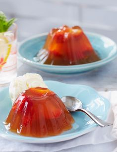 Serve your dinner party guests a sweet al fresco treat with these boozy jellies, loaded with fresh strawberries, refreshing Pimms and lemonade and topped off with a serving of vanilla ice cream.
