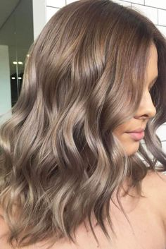 Incredibly Trendy Medium Hair Styles You Need to Know ★ See more: http://lovehairstyles.com/trendy-medium-hair-styles/