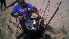 BORN TO KITE TARIFA Clase kitesurf con Martita