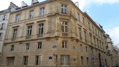 Petit Hôtel de Tambonneau (XVIIIe) 11, rue de l'Université Paris 75007.