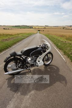 BMW R69S #CafeRacer #BMW #R69S #TonUp