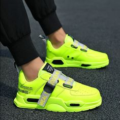 Best Price: Men's Casual Shoes Breathable Male Mesh Running Shoes Classic Tenis Masculino Shoes Zapatos Hombre Sapatos Sneakers When you are. Neon Sneakers, Sneakers Mode, Running Sneakers, Casual Sneakers, Sneakers Fashion, Casual Shoes, Fashion Shoes, Men Fashion, Neon Running Shoes