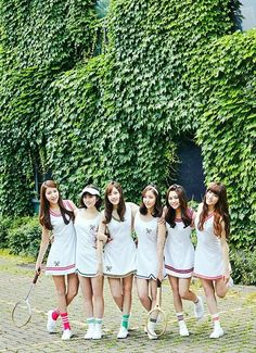 Kpop Girl Groups, Korean Girl Groups, Kpop Girls, Gfriend Lol, Gfriend Profile, Gfriend Album, Korean Best Friends, G Friend, Spring Fashion Trends