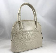 Finesse La Model Cream Colored Snake Rigid Frame Handbag 2258e4a1a1155