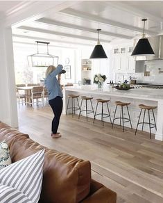 A top contender for kitchen style with dining Studio McGee: marble island, large subway tile, black perimeter counters, black pendants Studio Mcgee, Kitchen Cabinet Design, Interior Design Kitchen, Kitchen Cabinets, White Cabinets, Kitchen Designs, Kitchen Shelves, Wood Cabinets, Kitchen Storage