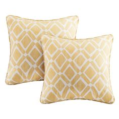 Diamonds are a sofa's best friend with the Beachcrest Home Annagrove Diamond Printed Square Pillow Pair. A printed diamond motif is featured in a fresh pop of blue, while self-piping trim offers a clean and finished edge to the look. These decorative pillows are made from a cotton twill blend for a soft textured feel, creating a natural allure that complements any room. Available in a set of two, these square pillows are sure to brighten up your sofa and home décor.