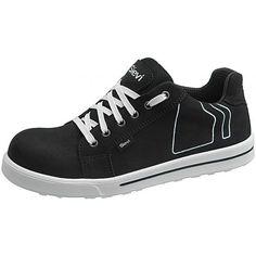 Uskoisitko, että se on turvakenkä? En minäkään! Sievin Jalkineen Planar - uskomattoman tyylikäs sneaker-turvajalkine on ilo silmälle ja erityisesti jaloille. Sneakers, Shoes, Fashion, Tennis, Moda, Zapatos, Shoes Outlet, Fashion Styles, Shoe