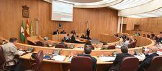 GRANADA.La corporación provincial acuerda solicitar al Gobierno de España autorización para reinvertir el superávit presupuestario.