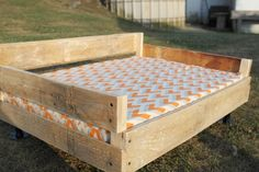 The Charming Farmer - DIY Pallet & Pipe Dog Bed Tutorial