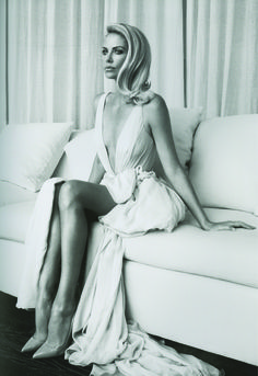 #charlizetheron stunning! #celebrities