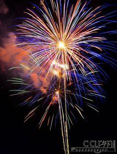How to take beautiful fireworks photosCarynEsplin-FireworksDoubleBurst