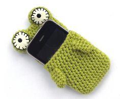 Etui doudou Iphone, grenouille 25eur #vert #laine #artisanal