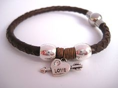 Pulsera de los enamorados en cuero natural // Lovers bracelet in leather