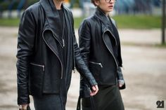 4426-Le-21eme-Adam-Katz-Sinding-Before-Rick-Owens-Paris-Fashion-Week-Fall-Winter-2013-2014_AKS7086-920x612[1].jpg 500×333 ピクセル
