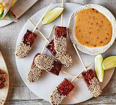 Make these tasty teriyaki tempeh canapés ahead of a party and rewarm them in the oven when your guests arrive. Serve with our moreish peanut dipping sauce Vegan Christmas, Christmas Pudding, Christmas Menus, Christmas Recipes, Christmas 2019, Vegetable Quinoa, Vegetable Puree, Tempeh, Vegan Spring Rolls