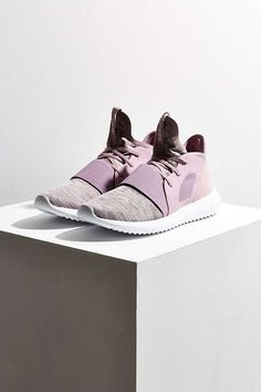 outlet store 6a18d 6b04c adidas Tubular Defiant Sneaker - Urban Outfitters