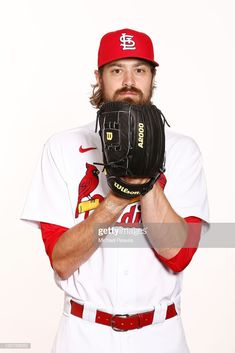 Andrew Miller of the St. Louis Cardinals poses for a photo on Photo Day at Roger Dean Chevrolet Stadium on February 2020 in Jupiter, Florida. Get premium, high resolution news photos at Getty Images Andrew Miller, Roger Dean, St Louis Cardinals, The St, Poses, News