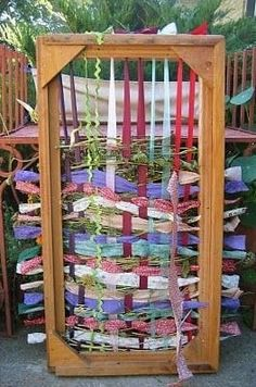 Ridiculously Awesome Things To Do In Your Backyard This Summer This would be awesome for kids with sensory disorders, so making one for Em's hideaway garden!This would be awesome for kids with sensory disorders, so making one for Em's hideaway garden! Weaving Projects, Diy Projects, Sensory Garden, Outdoor Classroom, Reggio Classroom, Outdoor Learning, Outdoor Education, Loom Weaving, Rug Loom