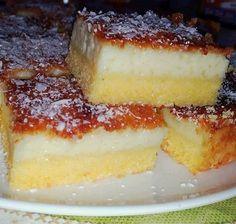 - Ingredientes 200 ml leite de… Sweet Recipes, Cake Recipes, Corn Cakes, Portuguese Recipes, Delicious Desserts, Cheesecake, Good Food, Food And Drink, Baking