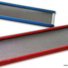 Peines de acero para telar. 3'5 dientes/cm. 60cm. ancho x 11,7 alto. 33€ . Lanaytelar.es Sevilla