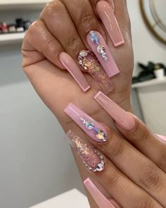 Bling Acrylic Nails, Opi Gel Nails, White Acrylic Nails, Best Acrylic Nails, Gold Nails, Coffin Nails, Cute Acrylic Nail Designs, Fire Nails, Dream Nails