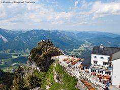 """der Wendelstein - hier hat man einen fantastischen Ausblick!     the """"Wendelstein""""  - spectacular views!"""