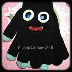 #guanti #touchscreen decorati #gloves #sorriso #smile #happy #handmade #fashion #accessori #colori #work #ideeregalo #instagramers #followback #funny #outfit #onsale #shopping #shoponline